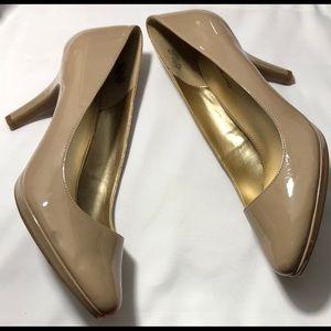 Bandolino  Heels 👠